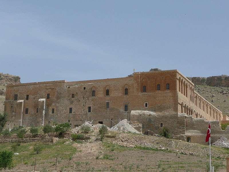 Deyrulzafarân Manastırı – Mardin | 5. Yüzyılda Yapılan Süryani Manastırı Ve Süryanilerin